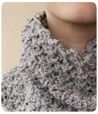 Cowl Detail Photo1